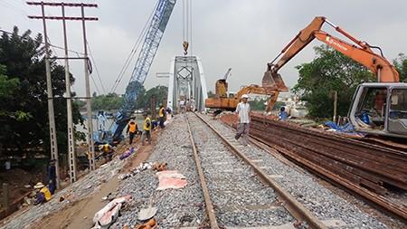 Chùm ảnh: Cầu Ghềnh mới trước ngày thông tàu - ảnh 11