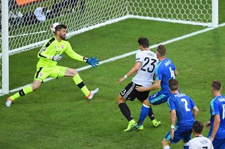 Đức 3-0 Slovakia: 'Xe tăng' thẳng tiến! - ảnh 6