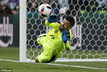 Đức 3-0 Slovakia: 'Xe tăng' thẳng tiến! - ảnh 4