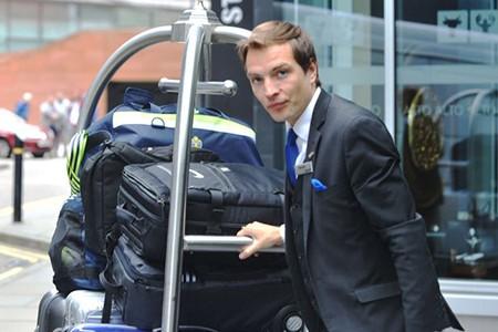 Vì vợ, Ibrahimovic bỏ khách sạn hạng sang ở MU - ảnh 3