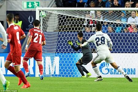 Real giành siêu cúp châu Âu trong cảnh trở về từ cõi chết - ảnh 2