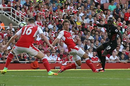 Arsenal 3-4 Liverpool: Kinh điển! - ảnh 6