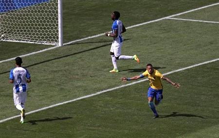'Chơi tennis' trước Honduras, Brazil hẹn Đức ở chung kết Olympic - ảnh 1