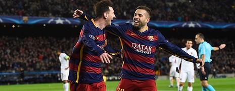 Ronaldo xuất sắc nhất châu Âu, Messi ghi bàn đẹp nhất năm - ảnh 2