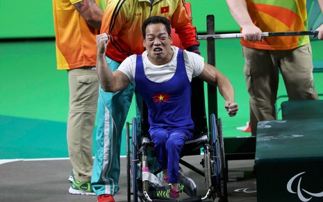 Lê Văn Công phá kỷ lục thế giới, giành HCV Paralympic lịch sử - ảnh 7