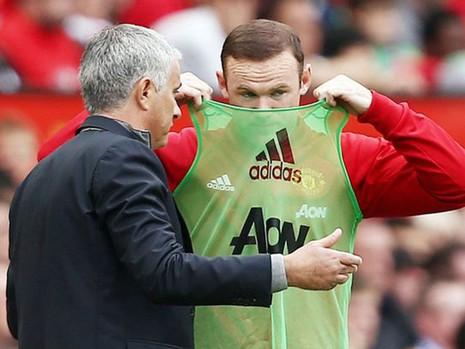 Mourinho thừa nhận Rooney đang bị tổn thương - ảnh 1