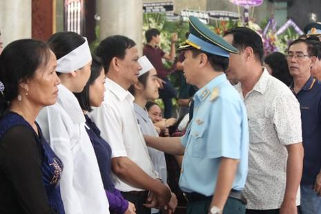 Lễ truy điệu 3 phi công hi sinh khi làm nhiệm vụ - ảnh 24