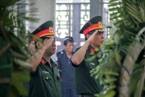 Lễ truy điệu 3 phi công hi sinh khi làm nhiệm vụ - ảnh 40