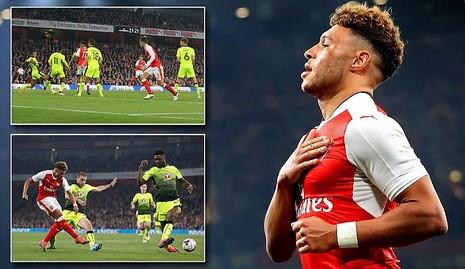 Liverpool, Arsenal cùng thắng ở League Cup - ảnh 1