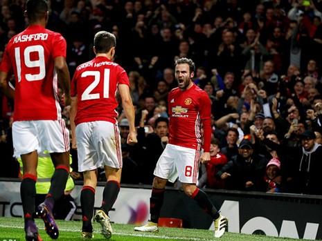 Bốc thăm League Cup: MU, Arsenal, Liverpool ăn mừng - ảnh 1