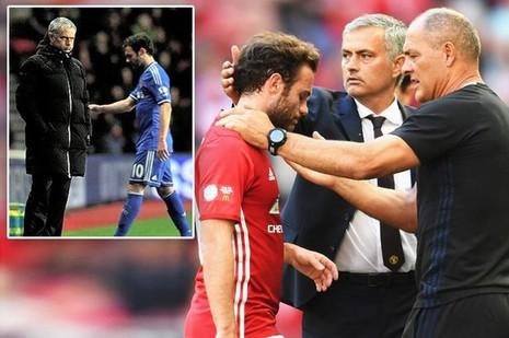 Gia đình lo sợ Mata bị Mourinho tống khứ khỏi MU - ảnh 1