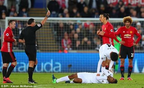 Ibrahimovic bất ngờ lên tiếng xin lỗi fan MU - ảnh 1