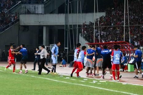 Hàng công tỏa sáng, Việt Nam thắng nghẹt thở Myanmar - ảnh 2