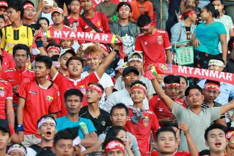 Hàng công tỏa sáng, Việt Nam thắng nghẹt thở Myanmar - ảnh 26