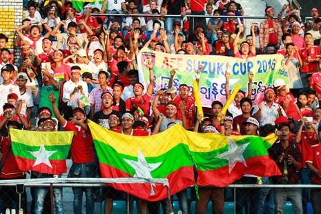 Hàng công tỏa sáng, Việt Nam thắng nghẹt thở Myanmar - ảnh 27