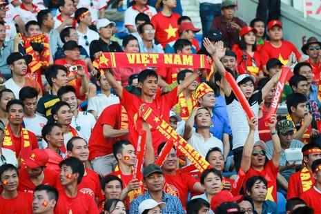 Hàng công tỏa sáng, Việt Nam thắng nghẹt thở Myanmar - ảnh 32