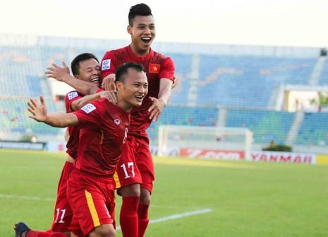 Việt Nam 1-0 Malaysia: Chiến thắng nhọc nhằn và quả cảm - ảnh 8