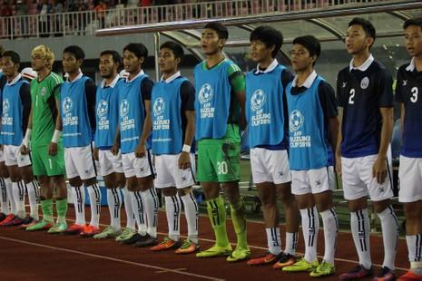 Việt Nam 2-1 Campuchia: Thắng mà không vui - ảnh 15