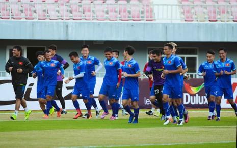 Việt Nam 2-1 Campuchia: Thắng mà không vui - ảnh 32