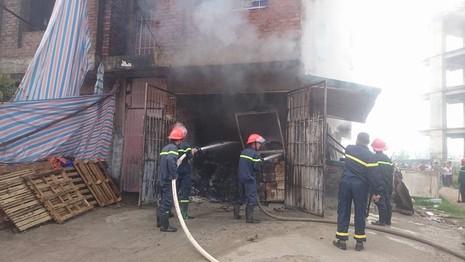 Cháy lớn tại khu đô thị Văn Khê - ảnh 2