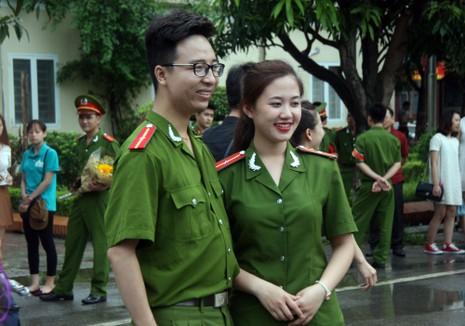 """Những """"đóa hồng"""" của  Học viện Cảnh sát nhân dân trong ngày tốt nghiệp - ảnh 11"""