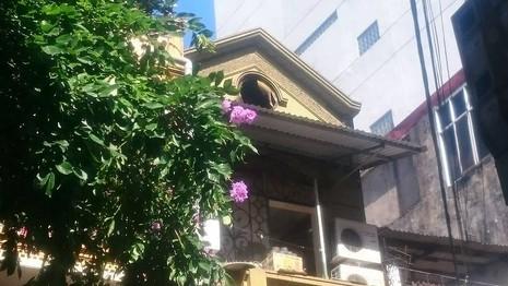 Hà Nội: Lửa thiêu rụi tầng bốn của một nhà hàng - ảnh 2