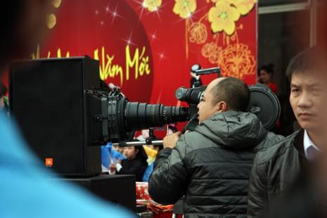 Chùm ảnh: Cảm nhận về nghề báo qua những hình ảnh chân thực  - ảnh 7
