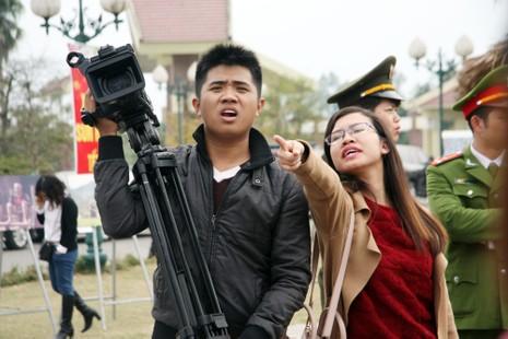 Chùm ảnh: Cảm nhận về nghề báo qua những hình ảnh chân thực  - ảnh 8