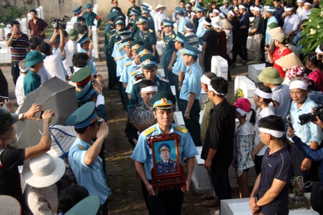 Tiễn đưa Đại tá Trần Quang Khải về nơi an nghỉ cuối cùng - ảnh 11