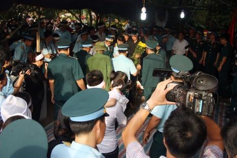 Tiễn đưa Đại tá Trần Quang Khải về nơi an nghỉ cuối cùng - ảnh 14