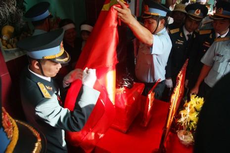 Tiễn đưa Đại tá Trần Quang Khải về nơi an nghỉ cuối cùng - ảnh 5