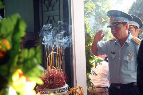 Tiễn đưa Đại tá Trần Quang Khải về nơi an nghỉ cuối cùng - ảnh 7