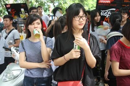 Hình ảnh thí sinh dự thi tại cụm thi trường ĐH Thủy Lợi Hà Nội