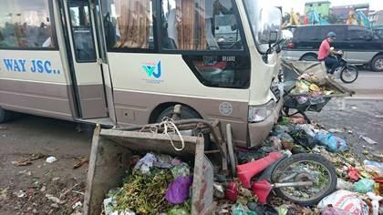 Tai nạn liên hoàn, 3 người bị thương - ảnh 1