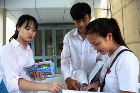 Giáo viên nói gì về đề thi mẫu của Bộ GD&ĐT - ảnh 1