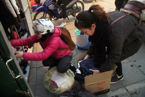 Hà Nội: Xuất hiện tủ quần áo miễn phí cho người nghèo - ảnh 10