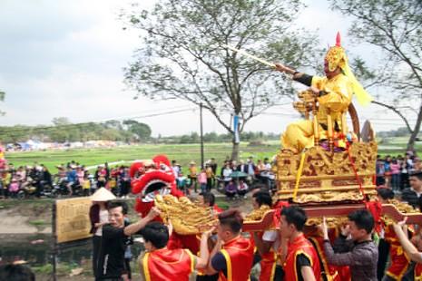 Độc đáo lễ hội rước vua, chúa ở đền Sái - ảnh 6