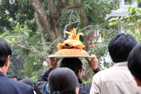 Rừng người tại đền Trần trước giờ khai ấn - ảnh 7