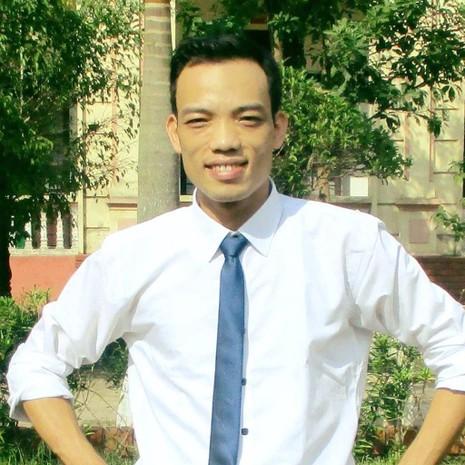Thầy Đặng Hồng Công - GV trường THPT Bình Sơn