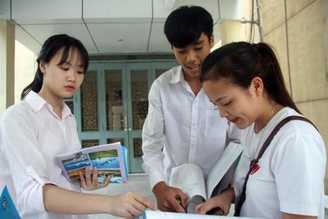 Cô Dung khuyên HS cần nắm vững kiến thức cơ bản, các kỹ năng làm bài .