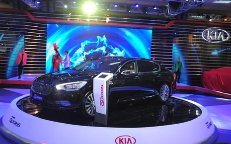 Nhiều xe mới xuất hiện ở triển lãm ô tô Việt Nam 2016 - ảnh 4