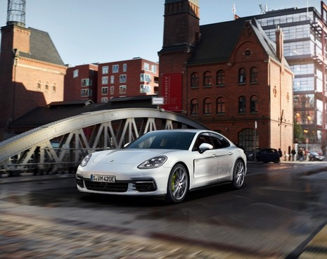 Ngắm nhìn những kiệt tác xe thể thao Porsche mới nhất - ảnh 6