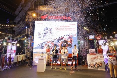 Honda tổ chức lễ chiến thắng của Marc Marquez 93 - ảnh 2
