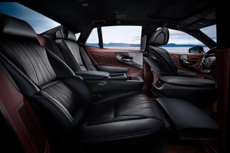 Hào nhoáng mẫu xe Lexus LS 500h hoàn toàn mới - ảnh 10