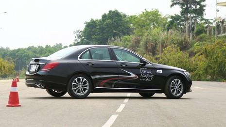 Mercedes-Benz, bất ngờ với thể thao tốc độ - ảnh 4