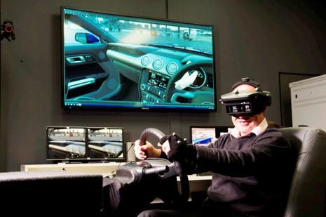 """Công nghệ thực tế ảo của Ford: """"Lái thử trước khi mua"""" - ảnh 1"""