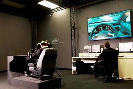 """Công nghệ thực tế ảo của Ford: """"Lái thử trước khi mua"""" - ảnh 2"""