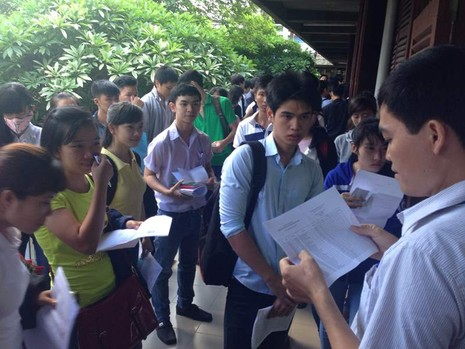 Nhận giấy chứng nhận kết quả thi trực tiếp tại 10 tỉnh, thành - ảnh 1