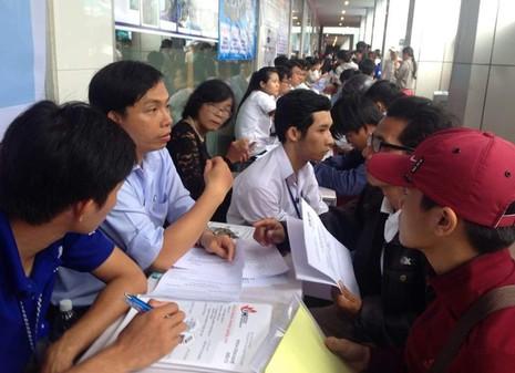Trường ĐH Công nghệ TP.HCM: Điểm trúng tuyển NV1 cao nhất 18 điểm - ảnh 1