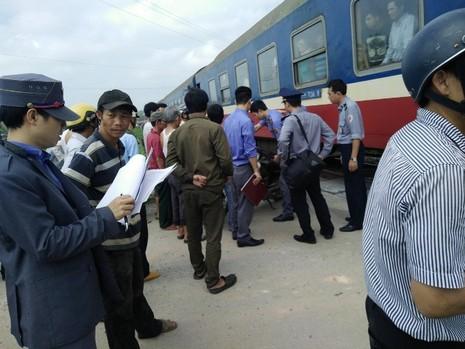 Tai nạn tàu hỏa liên tiếp, bốn người chết - ảnh 1